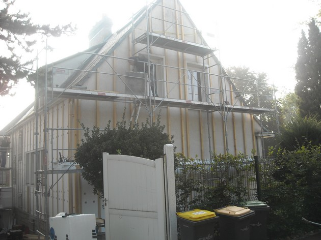 Batiprestige u2013 Agencement rénovation isolation par l u2019extérieur u2013 Pose de bardage Bougival # Isolation Extérieur Bardage Bois