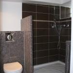 Version final de la restructuration d'une salle de bains