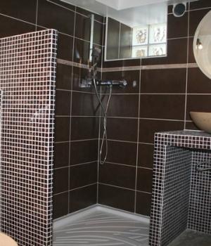 Création d'une salle de bain en sous-sol